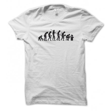 T-shirt Evolution de l'homme en GeeK