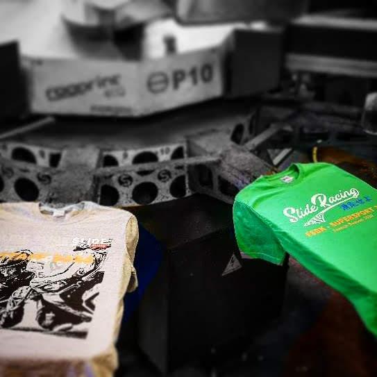 Atelier de sérigraphie aloha grafic automatique slide racing